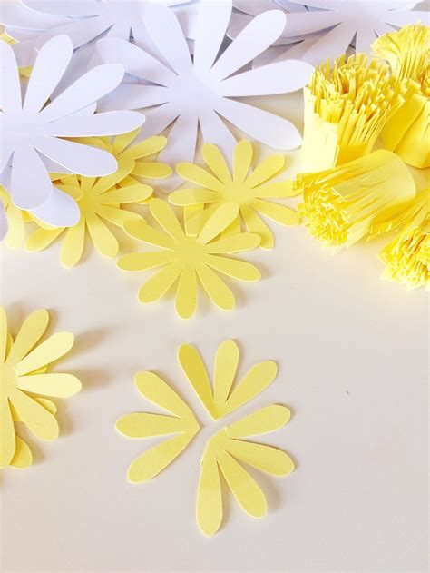 How To Make Paper Daisies - paper daisies tutorial only just becoming
