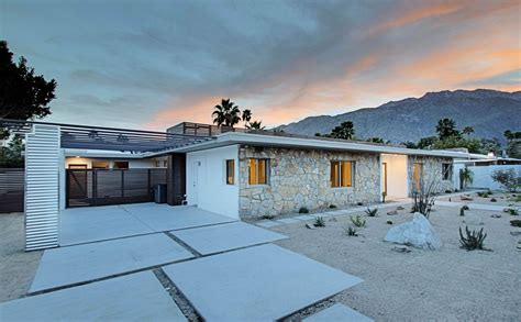 High End Real Estate Agent renovated mid century modern in central palm springs