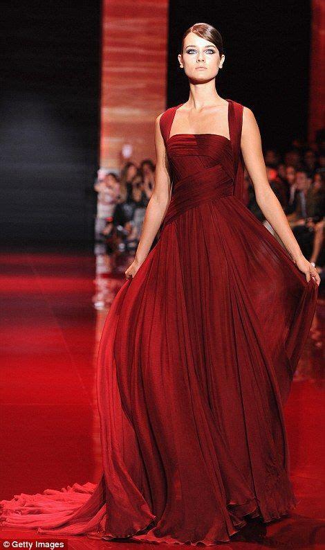 crimson color dress best 25 crimson dress ideas on