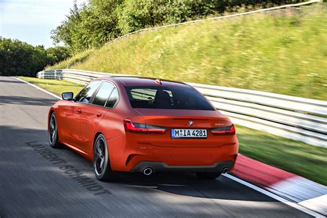 Bmw 3 2019 Youtube by 2019 Bmw 3 Series Gets De Camouflaged In Youtube Photoshop
