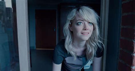 emma stone first film stunning first birdman trailer michael keaton tries to