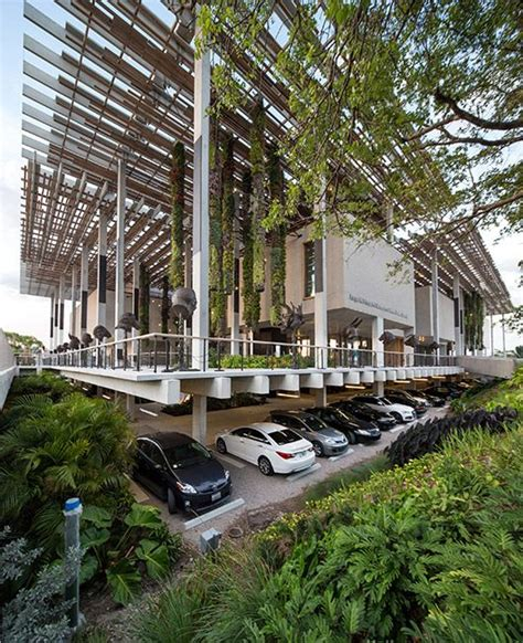 landscape architect miami pamm perez museum miami by arquitectonicageo and