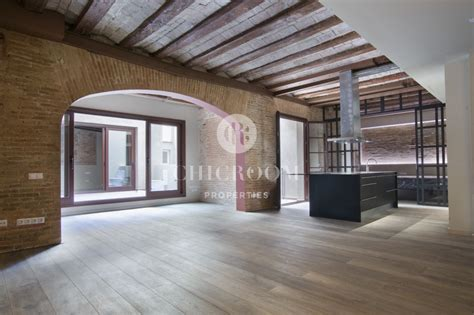 Bathrooms Flooring - 2 bedroom loft for rent with terrace in the raval