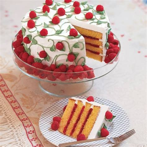25 best ideas about simple cake decorating on pinterest wedding cake ideas cake decorating ideas wilton creative