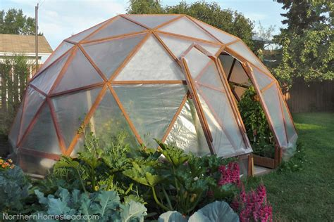21 stunning diy greenhouses you can make how to build a geodome greenhouse