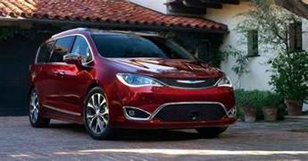 Chrysler Pacifica Awd 2018 Chrysler Pacifica Awd Mpv Set For An Early 2018