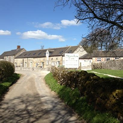 holiday cottages  rent red