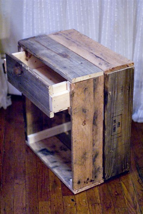 Northwoods Furniture by 12 Cool Diy Rustic Furniture Pieces Shelterness