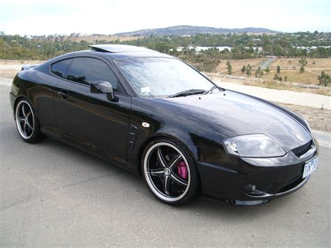 2005 Hyundai Tiburon by Shenizzle 2005 Hyundai Tiburon Specs Photos Modification