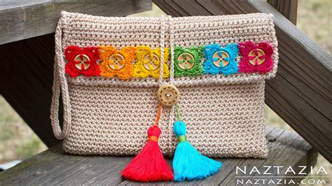 Make Jealous With A Handknit Knitting Bag Clutch Fashiontribes Fashion by Diy Tutorial Crochet Bohemian Clutch Boho Evening