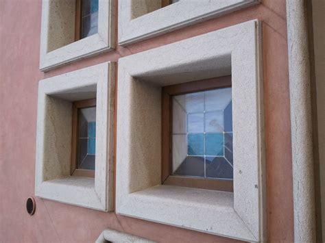davanzali in alluminio prezzi soglie finestre moderne free le meisure per i davanzali