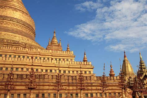 Pajangan Menara Pagoda gambar bangunan istana menara alun alun tengara penglihatan tempat beribadah candi