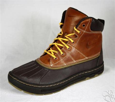 nike duck boots nike woodside light hiking duck boots mens