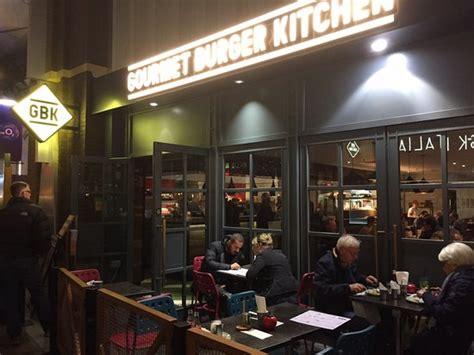 gourmet burger kitchen london    peninsula sq greenwich restaurant reviews phone