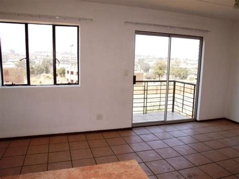 two bedroom duplex for rent archive a 2 bedroom duplex for rent midrand olx co za