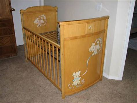Folks Cribs by 17 Best Images About Vintage Baby Nursery Ideals On