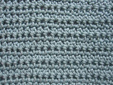 crochet vs knit knitting vs crocheting knitsy bitsy