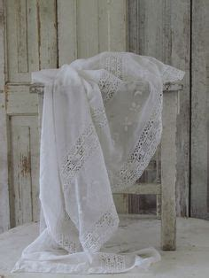 Seprei Bedcover Retro 230x230 2 krevatia bed linnen for the bridal bed on white linens linens and white bedding