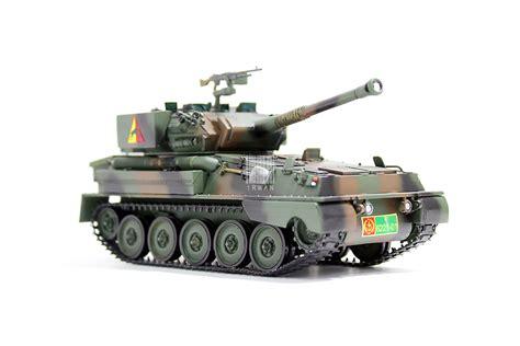 Mainan Tank Mainan Berjalan Dan Menyala mainan replika model kit tank scorpion tni ad irwan h nuswanto