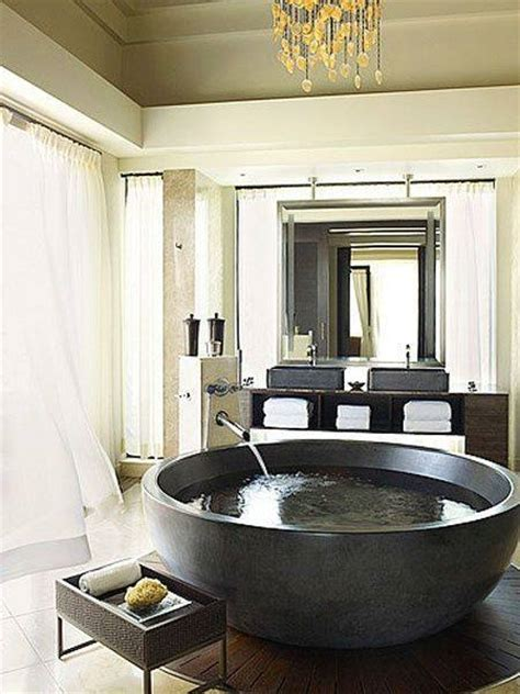 unique and exotic stone wall bathroom by arkiden124 id 233 e salle de bain grand luxe des id 233 es