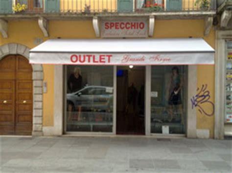 tenda negozio vendita ed installazione tende da sole veneziane