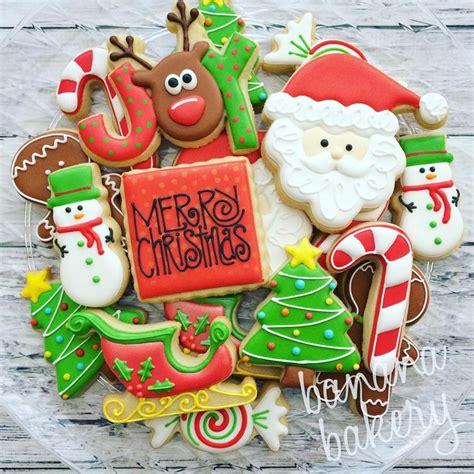 merry christmas wishing    wonderful holiday  family  friends christmas