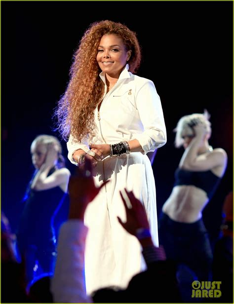 Janet Jackson Exclusive Premiere Today On Bet And Yahoo by Janet Jackson S Bet Awards 2015 Tribute Now
