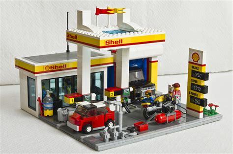 Brick Minifigure En Sabah Nur shell v power lego collection shell station 40195