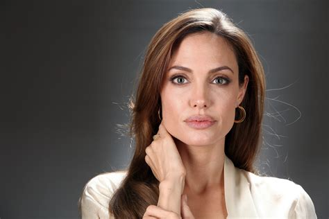 angelina jolie angelina jolie net worth bio 2017 2016 wiki revised