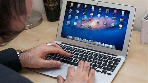 Macbook Air 11 Inch apple macbook air 11 inch review cnet