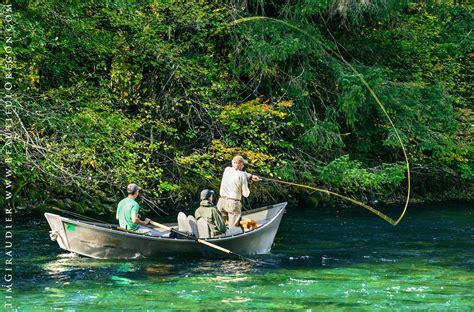 drift boat eugene drift boat fly fishing the mckenzie river oregon cascades