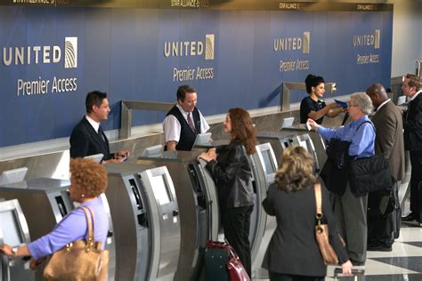 united airlines help desk united brings self service bag tagging to o hare airport