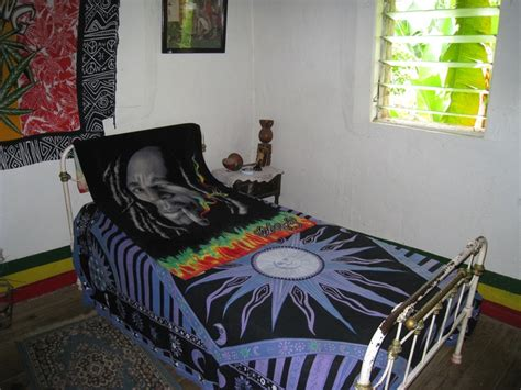 bob marley wallpaper for bedroom 1000 images about bob marley room idea on pinterest