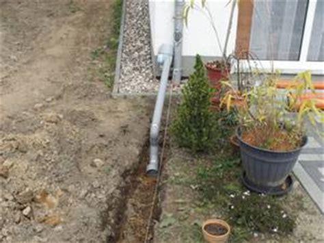 Regenwasser Im Garten Versickern Lassen by Regenwasser Versickern Lassen Versickerung Oder Dauerstau