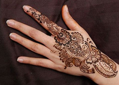 simple pattern mehndi henna not just another pretty face traditional roots