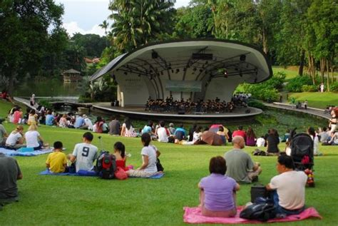 concerts at botanical gardens 8 things to do in singapore that cost absolutely nothing