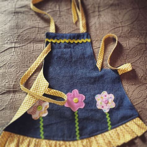 pattern for blue jean apron the 25 best ideas about denim aprons on pinterest jean