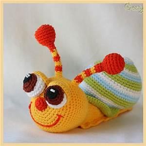 Вязанные крючком игрушки мишка