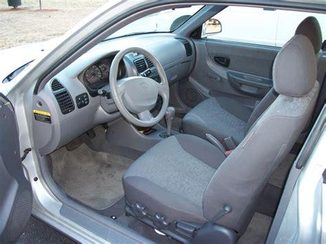 Hyundai Accent 2000 Interior by 2003 Hyundai Accent Pictures Cargurus