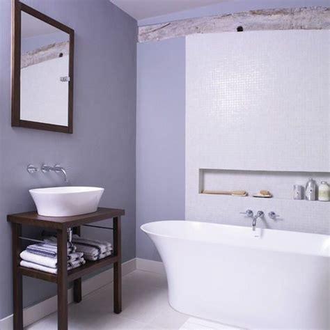 lila und gold badezimmer die besten 25 fliedernes badezimmer ideen auf