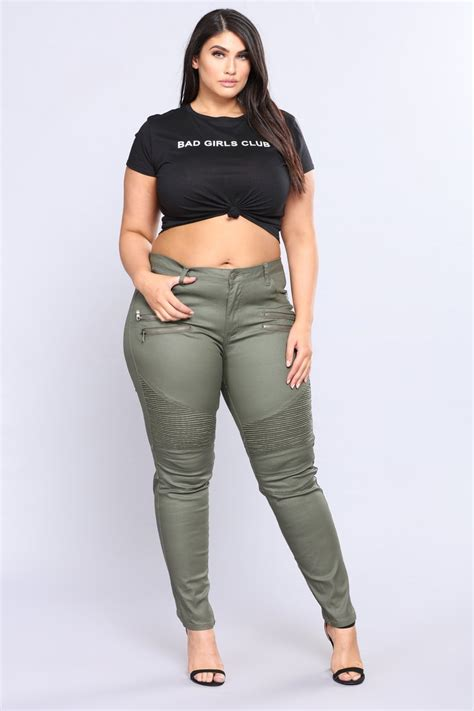 whats in atyle for the plus size gurl plus size curve clothing womens dresses tops and bottoms
