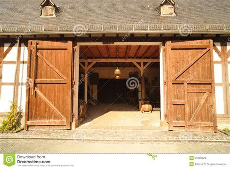 Barn With Open Doors Royalty Free Stock Photos Image Open The Barn Door