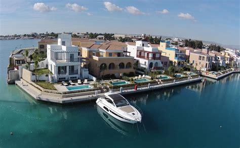 Step For Bathtub Limassol Marina Villa Cyprus Booking Com