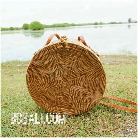 Handmade Bali - large size circle handbag ata grass rattan woven