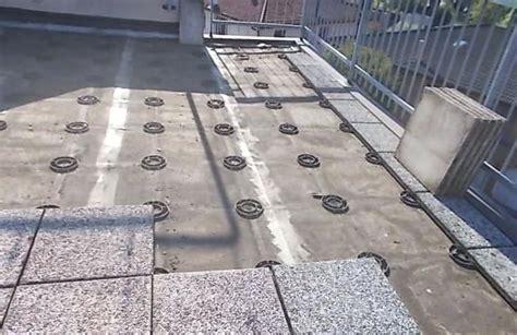 pavimentazione terrazzo di copertura pavimento galleggiante su guaina di terrazzo una
