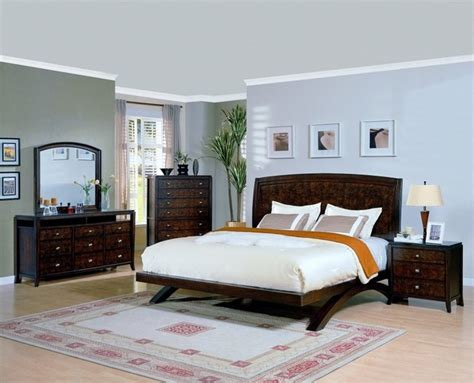 crown mark  pc  avenue traditional tobacco california king bedroom set traditional