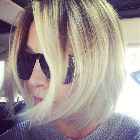 sweeting kaley cuoco new haircut kaley cuoco sweeting debuts a cool new bob for real