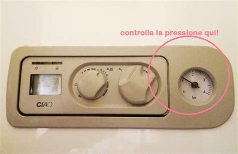 pressione acqua rubinetto come controllare carico acqua e pressione della caldaia