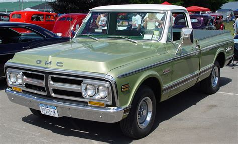 green gmc truck 1972 gmc green front angle