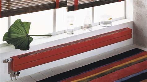 radiateur plinthe eau chaude 1144 chauffage un radiateur 224 mettre devant mes fen 234 tres